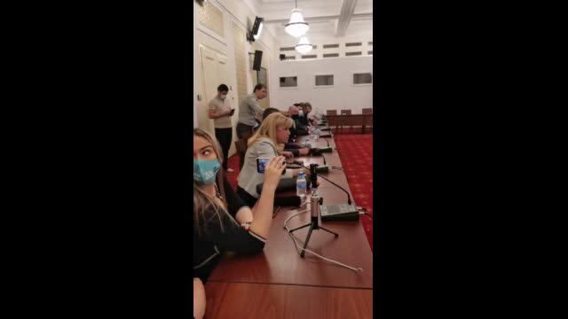 Министър Петя Аврамова пред комисията по проверка на управлението