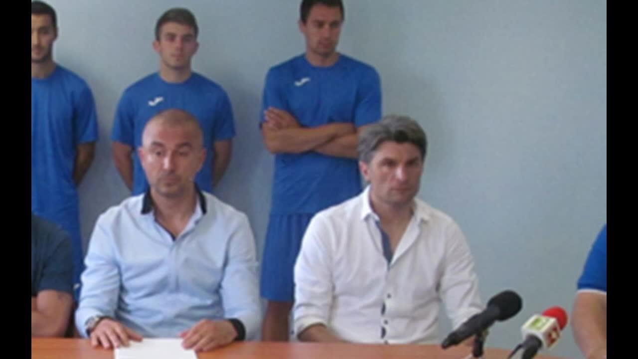 Ивайло Петков: Антон Огнянов все още е играч на Дунав