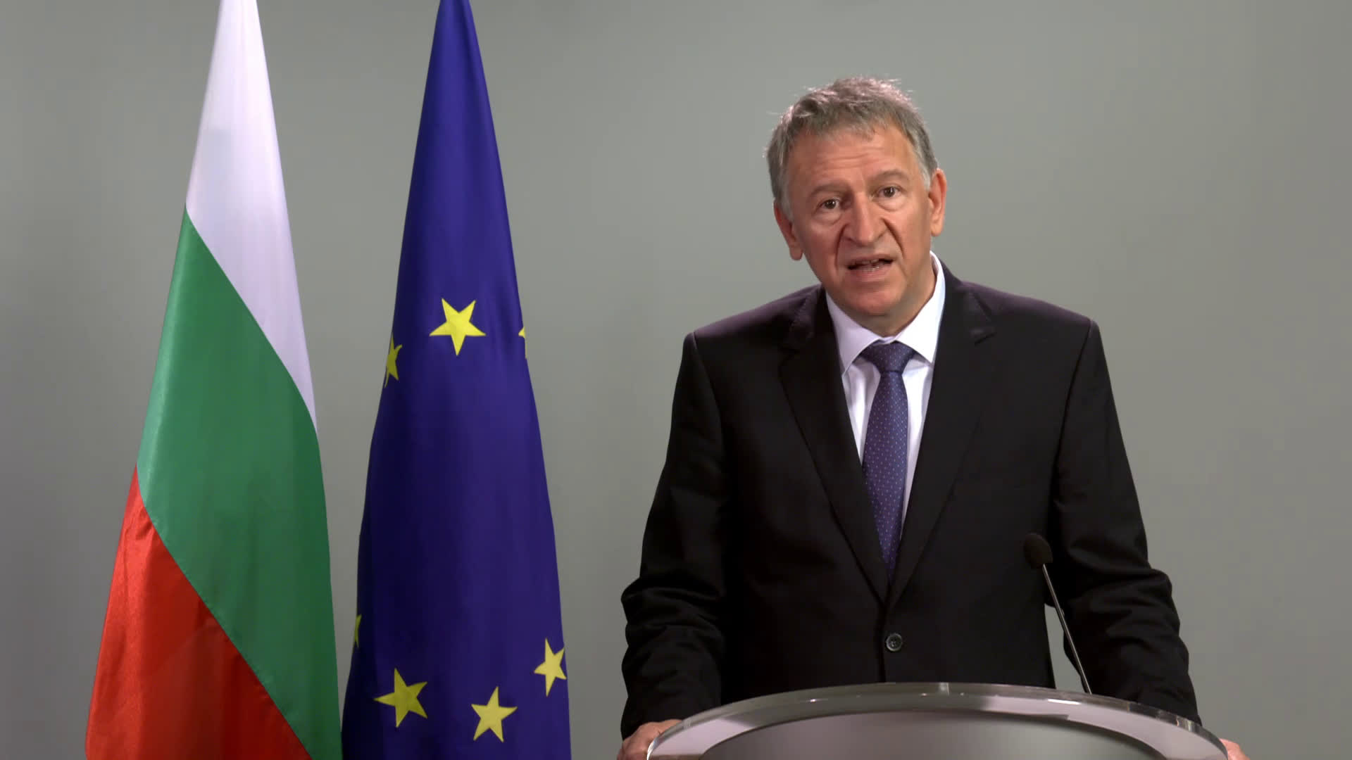 Стойчо Кацаров с призив към българите да се ваксинират