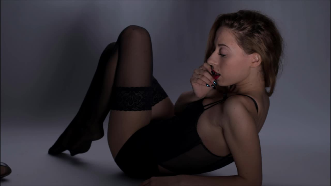 Anasuya heroin fake porn pics